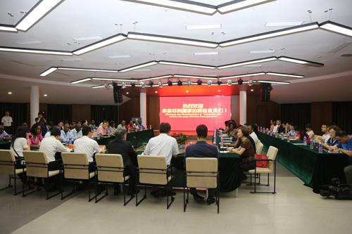 中国企业与肯尼亚签署1.34亿美元输变电项目合同