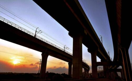 中企签约埃及铁路项目